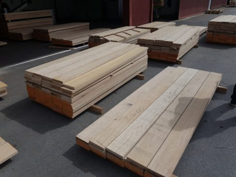 Edged Oak Boards Besäumte Eichenbretter - Imperius