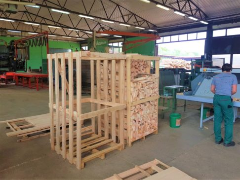 Ofenfertiges Sägebrennholz, Oven-ready Saw Firewood  Imperius Woodtrading