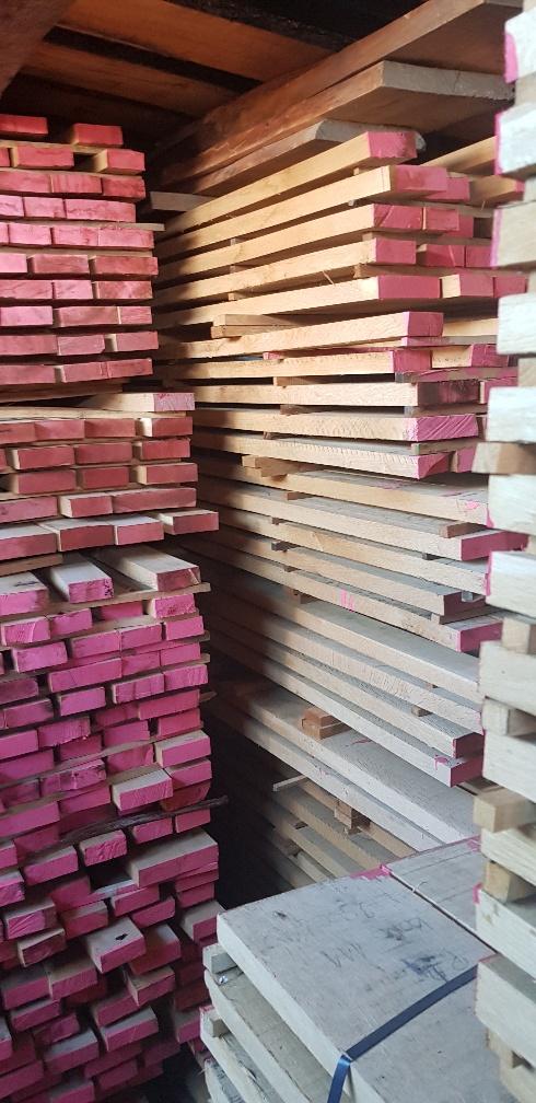 besäumtes Eichenschnittholz AD, edged oak lumber AD