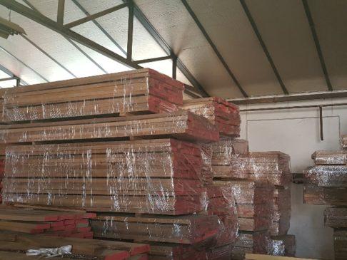 egged oak lumber KD, besäumte Eichenbretter KD
